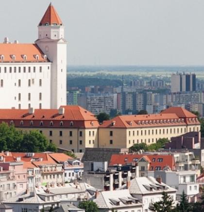 SLOVAČKA : Pukao pogled sa Bratislavsky hrada