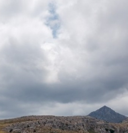 U Bosni oblačno s kišom i susnježicom, u Hercegovini oblačno