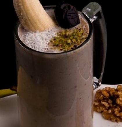 Zdrava energija uz ukusni smoothie od banane i hurme