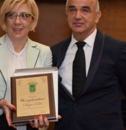 Ministrica Đapo dobila nagradu za doprinos razvoju Općine Donji Vakuf