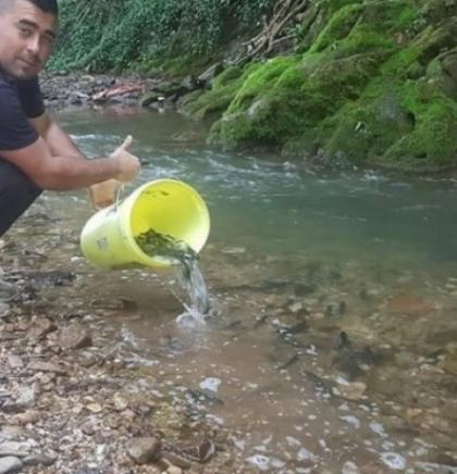 Članovi Udruženje 'Bistro' iz Sarajeva izvršilo poribljavanje voda