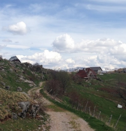 Seoski (avan)turizam: Selo Umoljani, Bjelašnica
