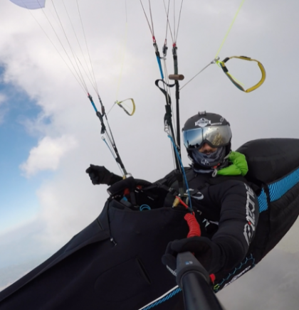 A journey into the world of wind and heights: Paragliding