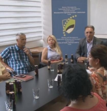 Dodijeljeni prvi certifikati iz agroturizma u Tuzlanskom kantonu (VIDEO)