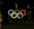 Svijetleći olimpijski krugovi postavljeni na ulazu u Sarajevo