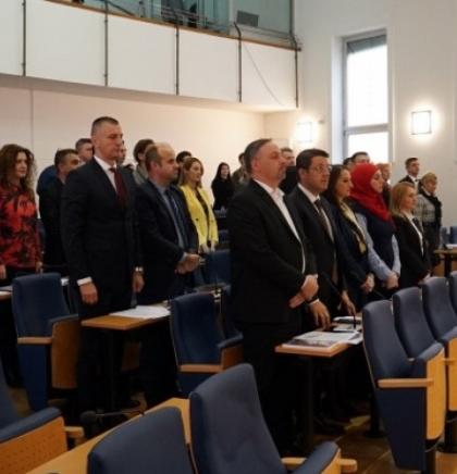 Zastupnicima predstavljene aktivnosti na očuvanju kvalitete zraka u KS