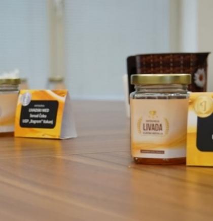 Dani meda u Federaciji BiH - Dodijeljena priznanja najuspješnijim pčelarima