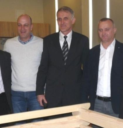 """""""Alba"""" s 50 domaćinstava u Zenici otpočela pilot projekt kućnog kompostiranja"""