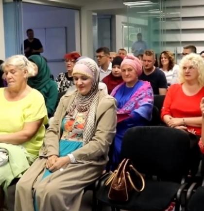 U Bugojnu promovirana zbirka pjesama 'Korak kama' Jasmine Zuhrić-Šiljak