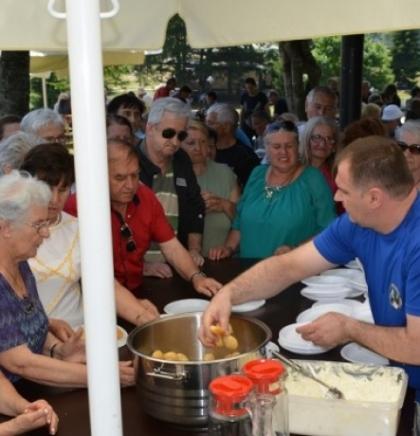 Penzioneri iz Starog Grada uživali na izletu na Bjelašnici
