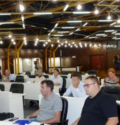 Odobreno 423 hiljade KM za sedam projekata uređenja rijeke Bosne kroz ZDK