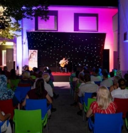 Đani Šehu održao koncert na Mostarskom ljetu