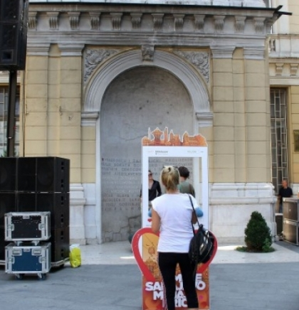 Pripremaju se bina i ozvučenje za večerašnji koncert DJ Solomuna