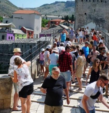 Treba li Mostar turistima naplaćivati ulazak u staru gradsku jezgru?