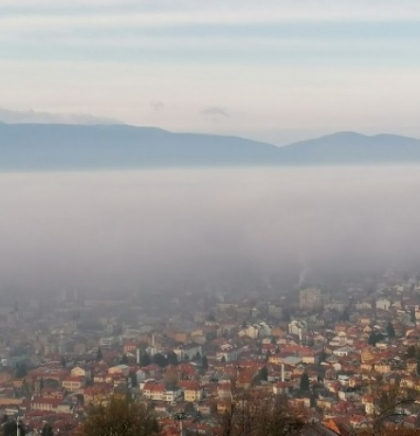Sarajevo osvanulo u magli, povećana koncentracije prašine u zraku