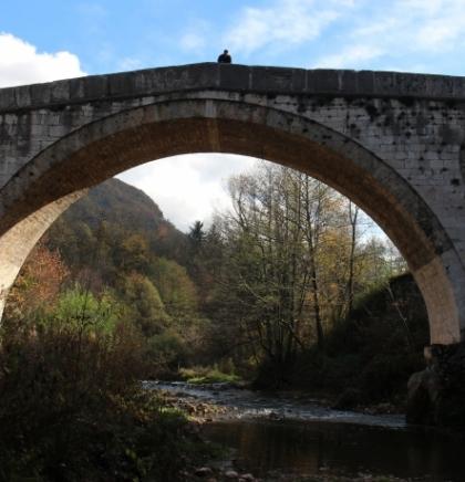 Sarajevo ljubavi moja/Kozija ćuprija okupana jesenjim bojama