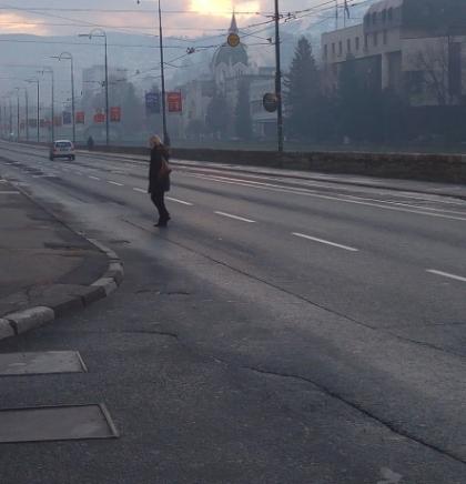 Kolovoz jutros na većini puteva u BiH mokar ili vlažan
