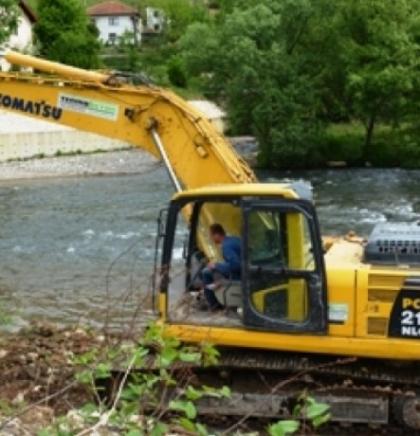 Realizacija projekta 'Regulacija korita rijeke Bosne u Novom Gradu''