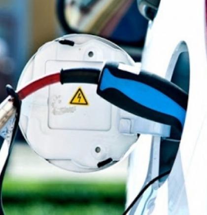 EU do 2030. želi 30 miliona električnih vozila na cestama