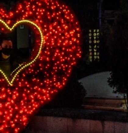 U Sarajevu otvorena 'Zimska čarolija na Skenderiji'