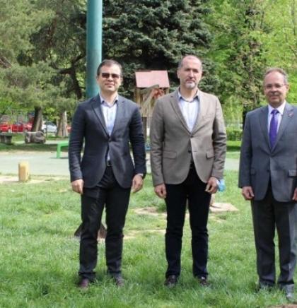 U Novom Sarajevu posađeno drveće u sklopu inicijative za održivu budućnost