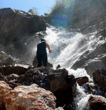 Danas na obroncima Visočice: Uživanje u prelijepim vodenim kaskadama i vodopadima  koji se utapaju u kanjon Rakitnice